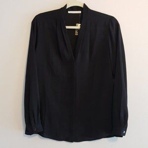 Violet & Claire Black button down blouse